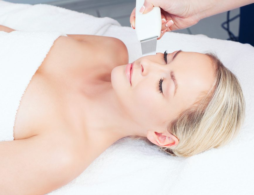 Peeling ultrasónico facial