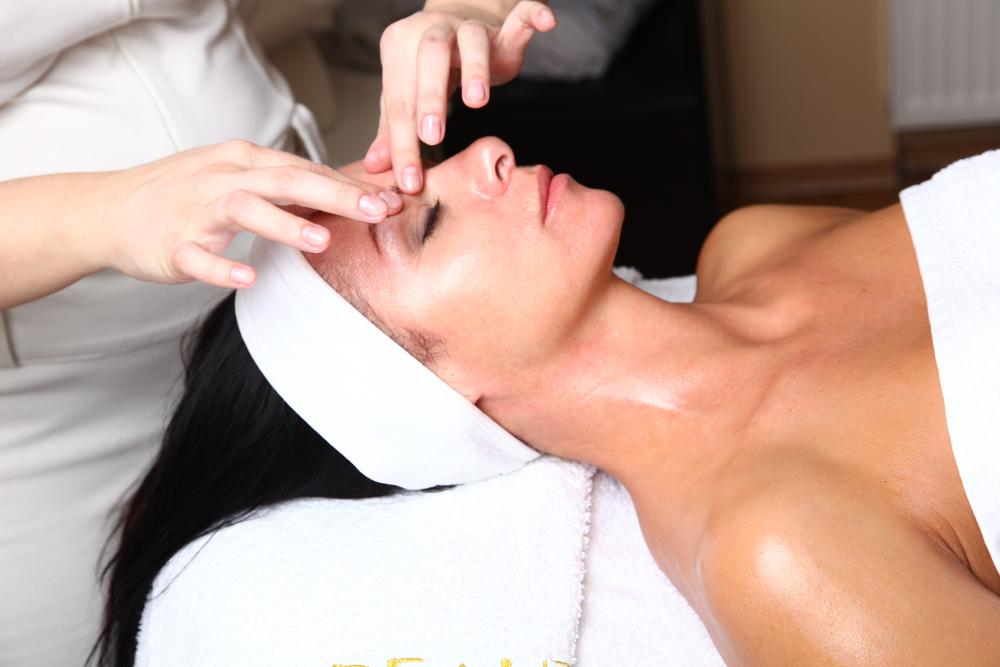 Masaje facial profesional